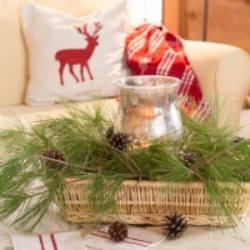 natural Christmas decorating