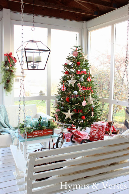 christmas decorating on a budget love this porch take the tour - Decorating House For Christmas On A Budget