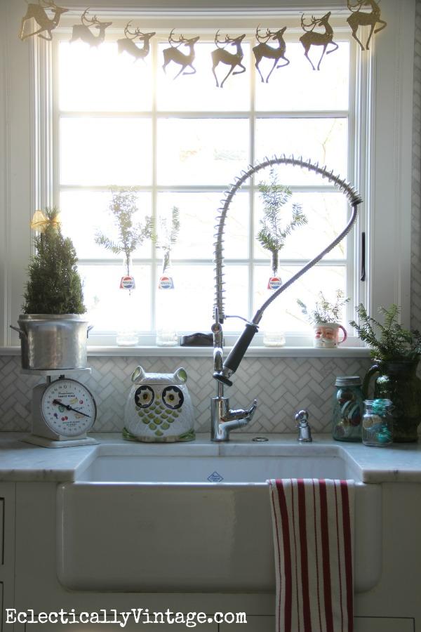 Christmas Kitchen tour - love the DIY reindeer garland kellyelko.com