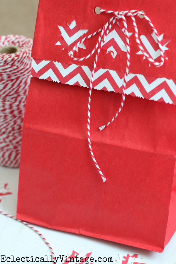 How to make gift bags from brown paper bags eclecticallyvintage.com