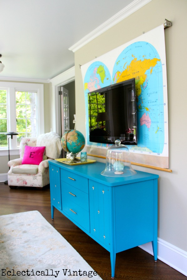 Colorful Sunroom tour - love the map! eclecticallyvintage.com