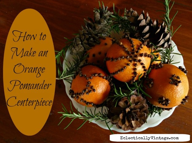 How to make orange pomanders - that last. Tips on creating a beautiful holiday centerpiece kellyelko.com  #pomanders #christmascrafts #diychristmas #vintagechristmas #oldfashionedchristmas #orangecrafts #naturaldecorating #kellyelko