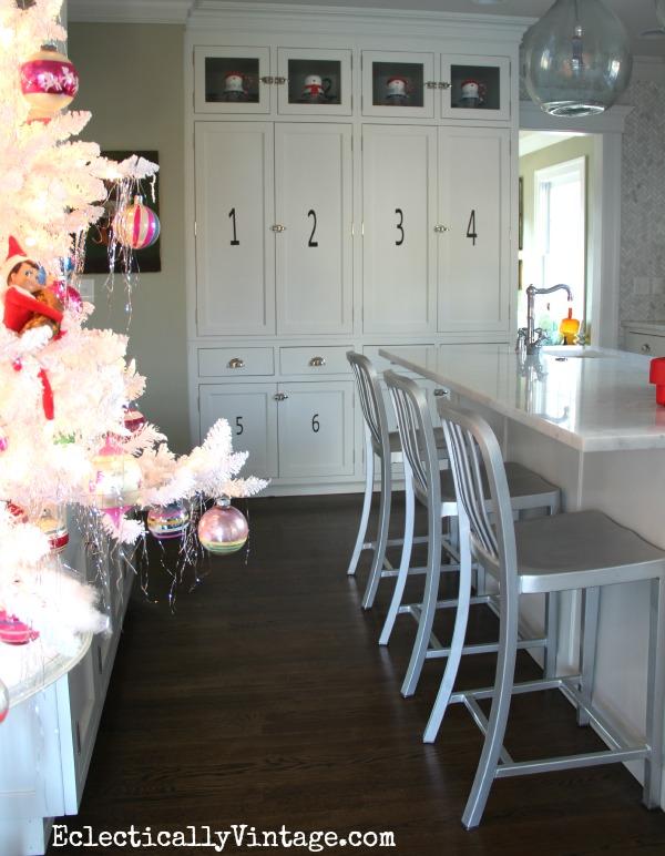 Christmas kitchen decorating ideas kellyelko.com