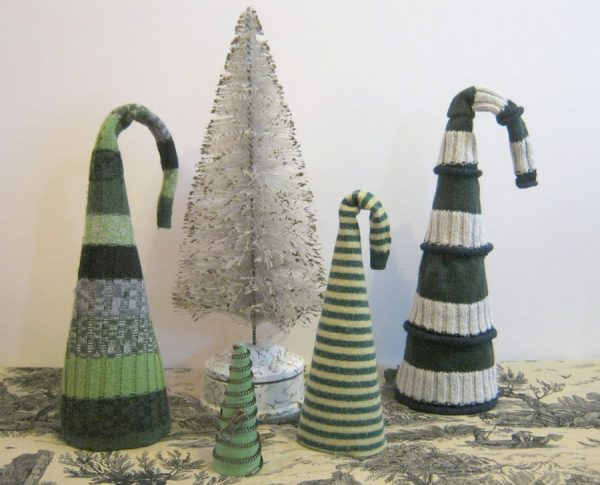 Love these recycled sweater Christmas trees