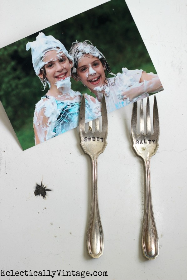 How to make Stamped Forks Photo Holders - perfect for the fridge! eclecticallyvintage.com