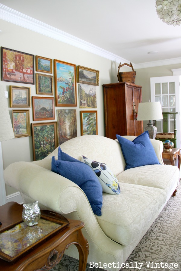See how to create an eclectic style in your home eclecticallyvintage.com