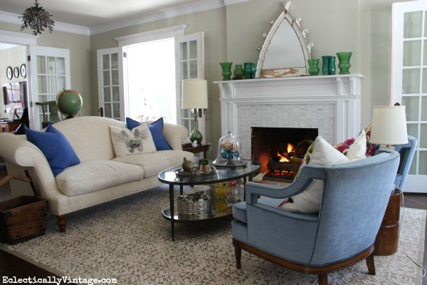 Eclectic living room - see how to create your own eclectic style kellyelko.com