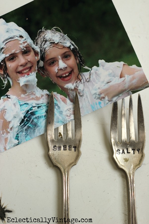 Make stamped magnet forks - such a cute way to display pictures kellyelko.com