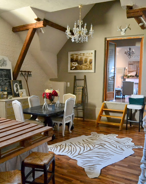 The Poor Sophisticate Barn Tour featured at kellyelko.com