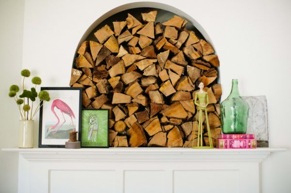 Stacked wood as instant focal point kellyelko.com