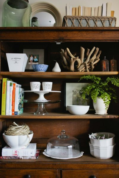 Beautiful shelf styling - love all the personal little touches kellyelko.com