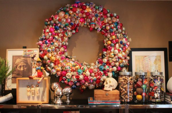 Giant vintage ornament wreath! eclecticallyvintage.com