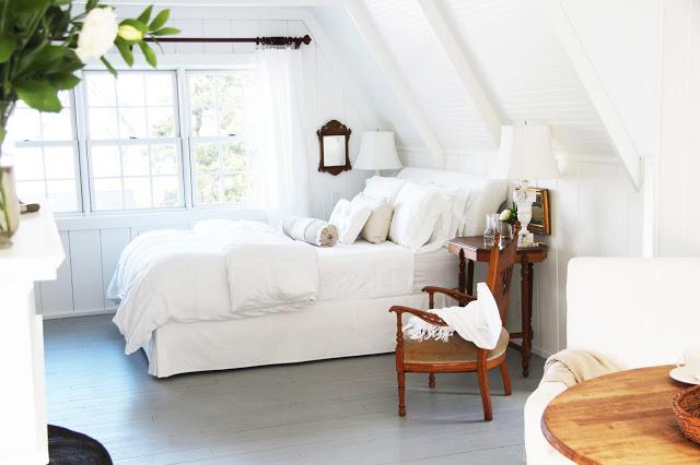 Light and airy bedroom kellyelko.com