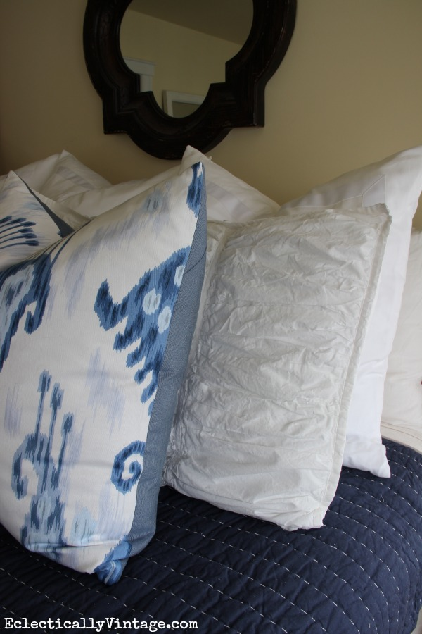 Beautiful blue and white bedding and tips to get the look eclecticallyvintage.com