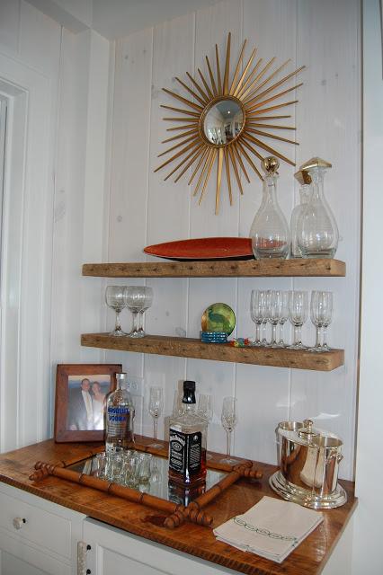 Fun little bar niche kellyelko.com