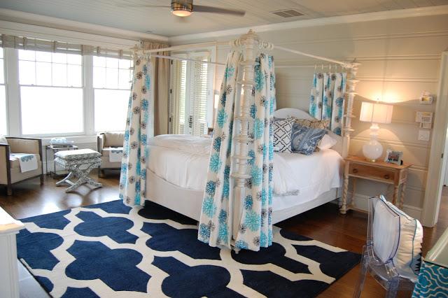 Bold blue bedroom kellyelko.com