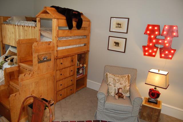 What a fun rustic bunk bed! kellyelko.com