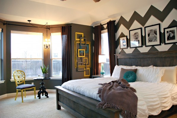 Bold bedroom - love the chevron accent wall ecelcticallyvintage.com