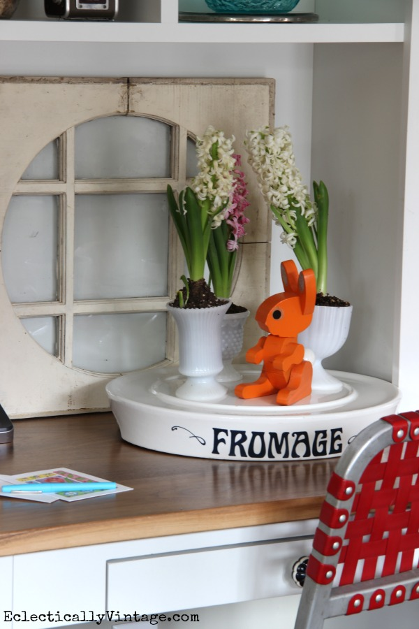 Vintage Fromage Cheese Tray - what a fun display! kellyelko.com