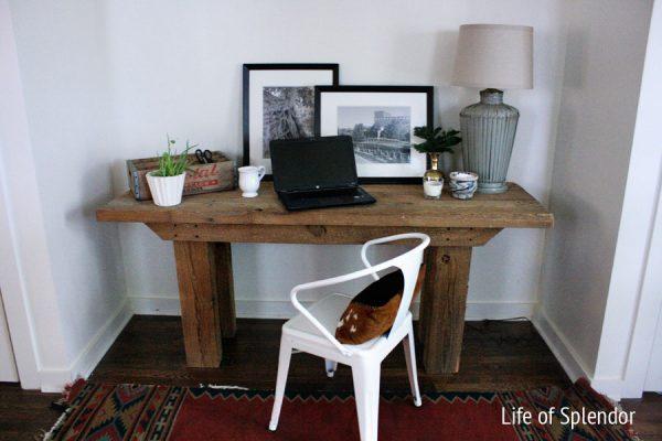 Barn wood desk office nook eclecticallyvintage.com