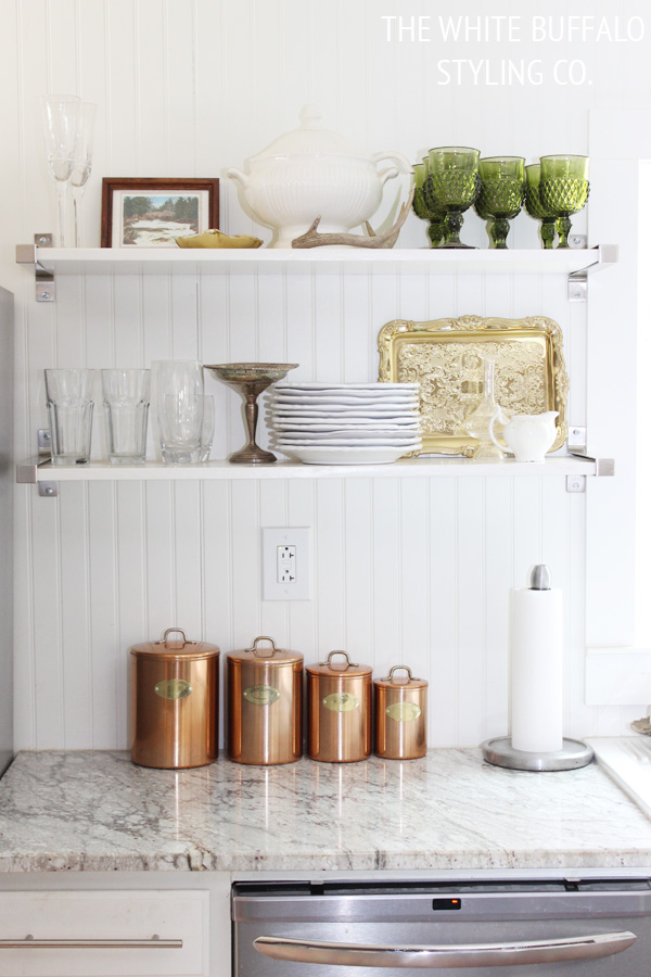 Love this open kitchen shelf display eclecticallyvintage.com