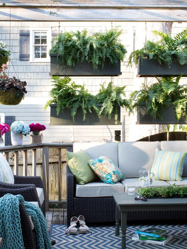 10 unique garden ideas for Hanging porch privacy screen