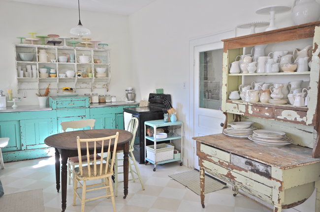 Vintage kitchen - love the vintage finds instead of built in cabinets eclecticallyvintage.com