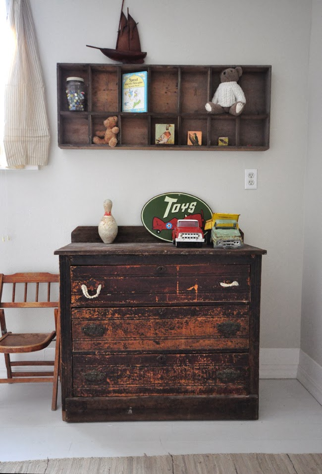 Great vintage display for collections eclecticallyvintage.com