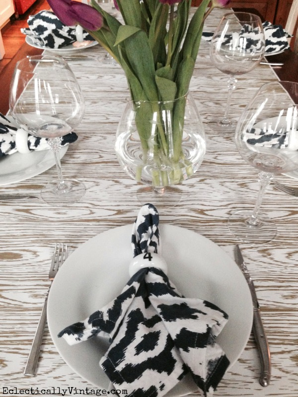Love this table setting - the runner is gorgeous! kellyelko.com