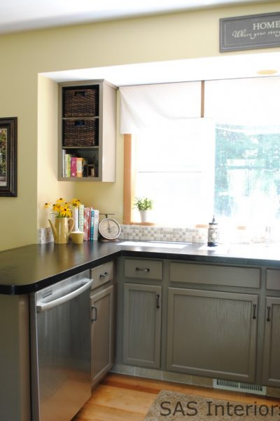 Love the cabinet color in this kitchen kellyelko.com