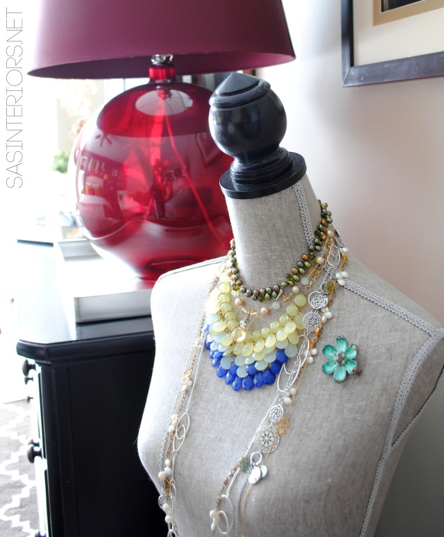 Dress form jewelry holder kellyelko.com