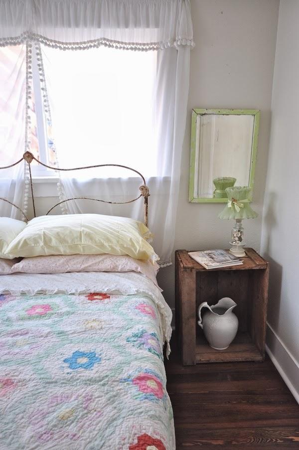 Vintage guest bedroom eclecticallyvintage.com