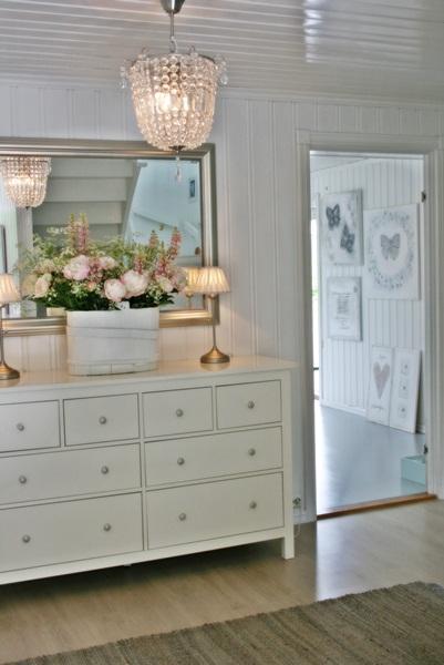 Lovely white cottage bedroom kellyelko.com