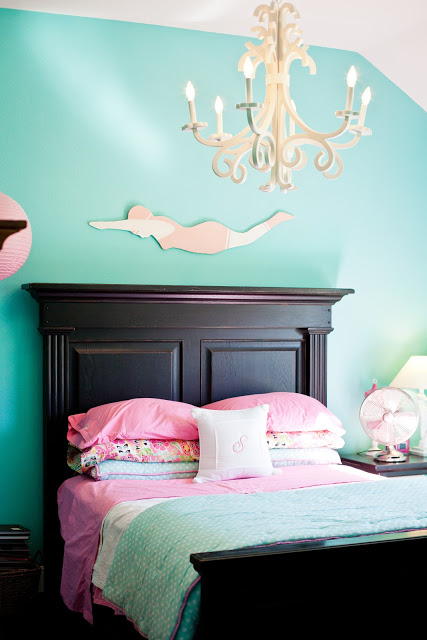 Aqua and pink girls bedroom kellyelko.com