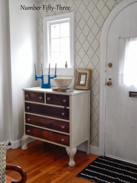Love this stenciled foyer eclecticallyvintage.com