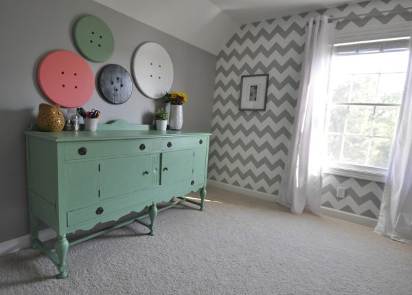 Fun craft room with a great mix of old and new eclecticallyvintage.com