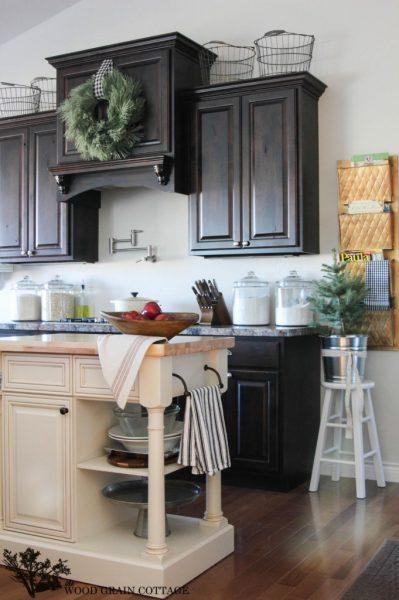Farmhouse kitchen - love the two tone cabinets kellyelko.com