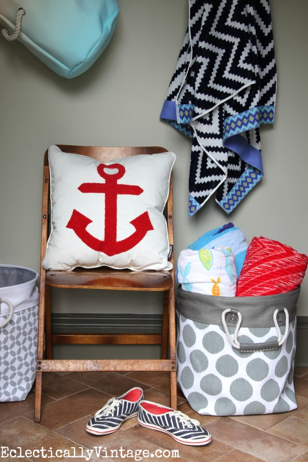 Cute summer accessories - perfect for storing all those beach towels! kellyelko.com