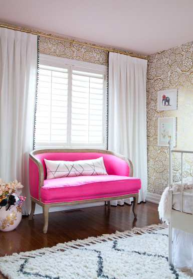 Love the hot pink settee and the pom pom curtains eclecticallyvintage.com