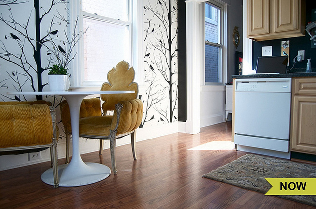 Bright kitchen - love the Hollywood Regency chairs paired with the modern table kellyelko.com