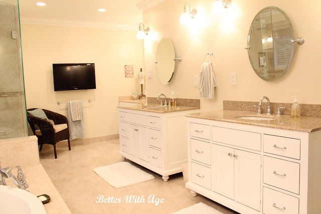 Double vanities in master bathroom kellyelko.com