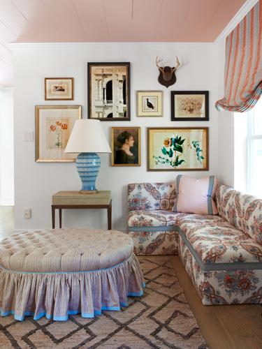 Eclectic gallery wall kellyelko.com