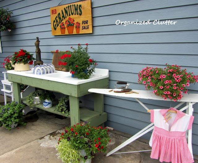 Turn a vintage sink into a potting table kellyelko.com