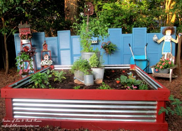 How to make a shutter fence and raised flower bed kellyelko.com