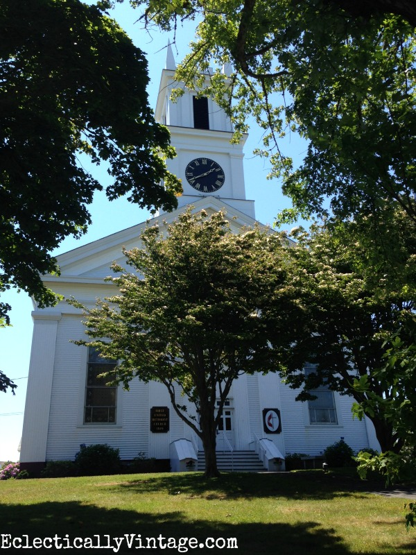 Cape Cod church in Chatham - charming little town eclecticallyvintage.com