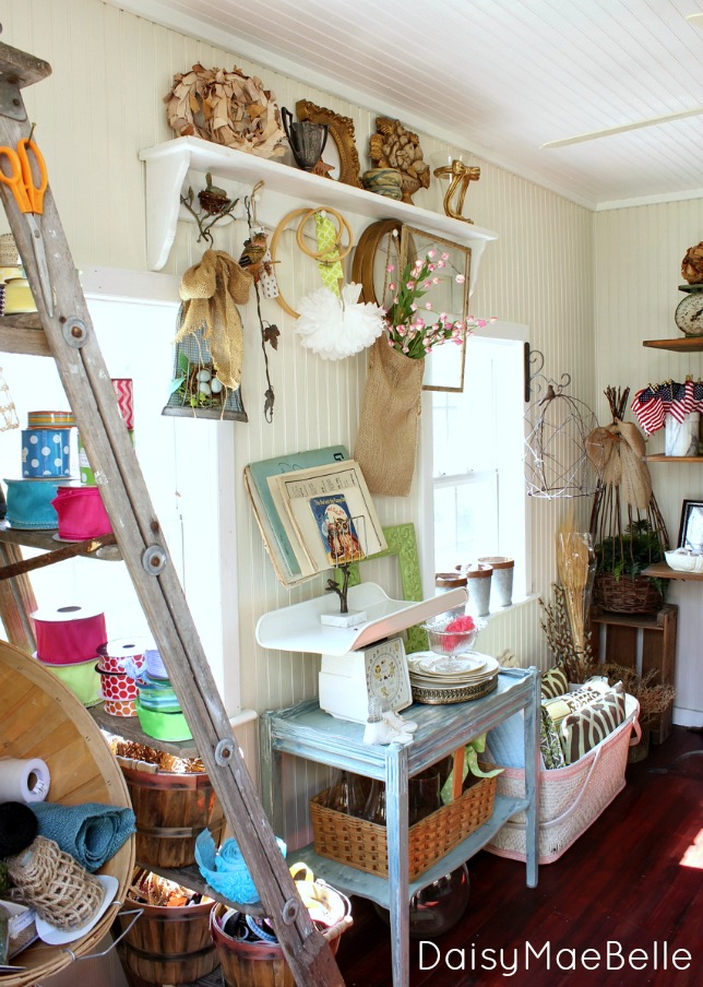 Tour this playhouse turned craft room eclecticallyvintage.com