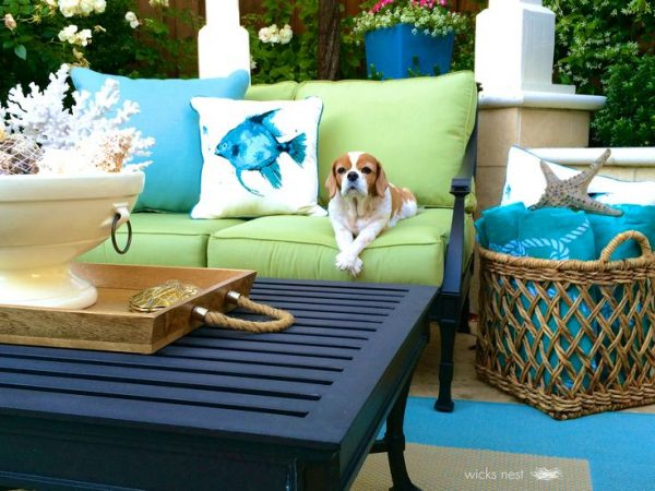 Beautiful patio - love the outdoor furniture kellyelko.com