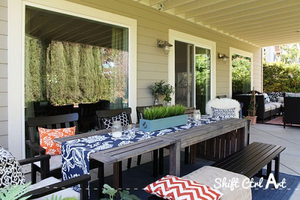 Outdoor lounge area - this patio is so inviting with all of the fun fabrics kellyelko.com