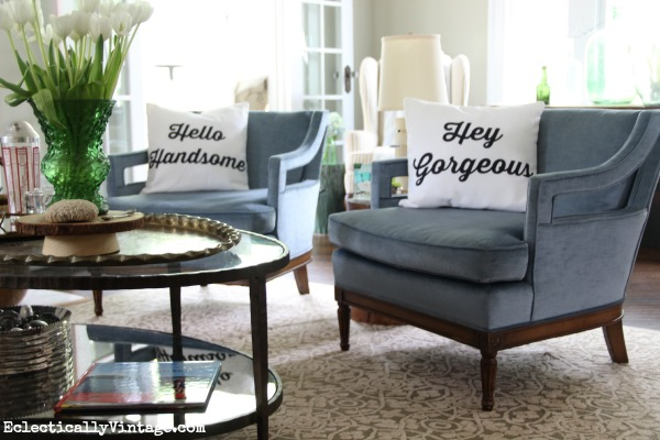 Hello Handsome & Hey Gorgeous pillows - get the FREE download to make your own! kellyelko.com