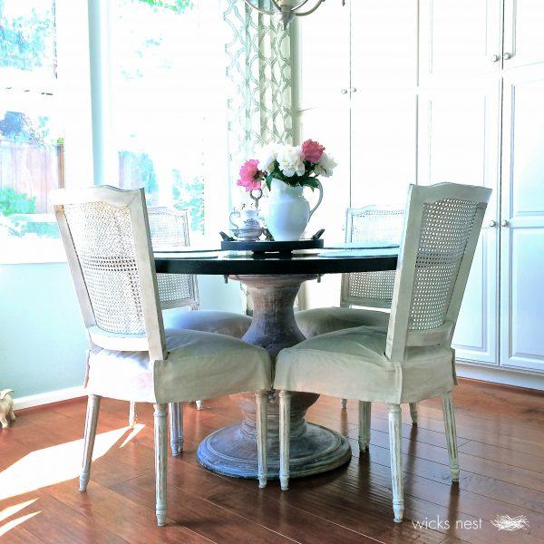 Beautiful kitchen breakfast nook - love the round table kellyelko.com